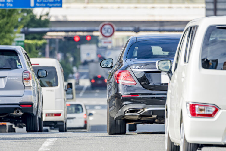 コロナで交通事故数は激減しても死亡事故にご注意!