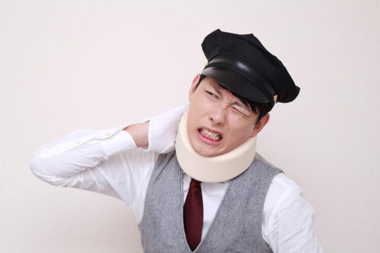 交通事故でむち打ち被害にあったらどう対処すべき?