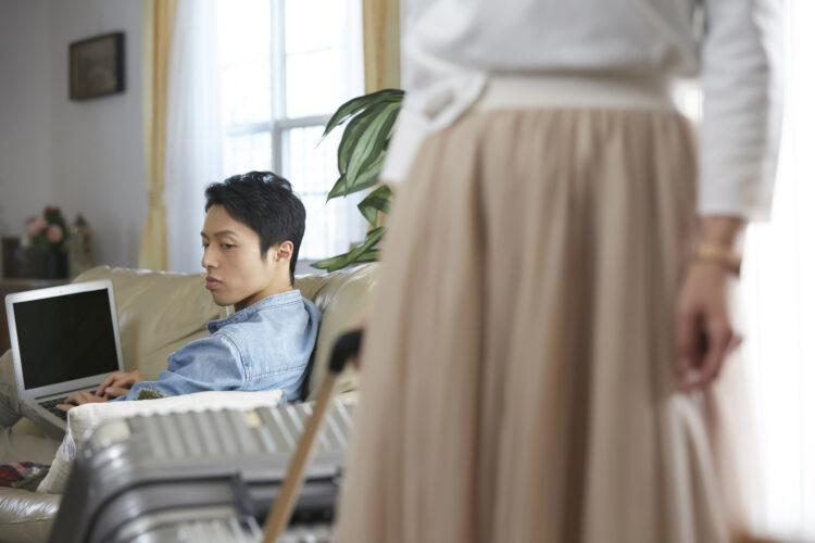 別居は離婚をするために重要?夫婦が別居する理由や注意点などを解説