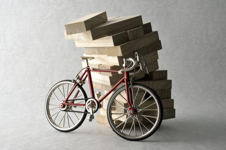 自転車操業はなぜ危険?多重債務を解消する方法を紹介