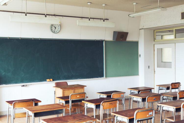 子どもを小学校に通わせるのは安全?小学校におけるアスベスト(石綿)対策