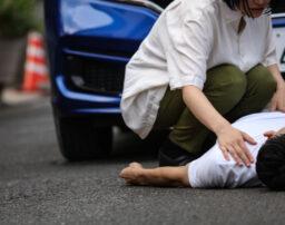 人身事故の点数と罰金は?物損事故との違いや処分の内容、事故への対処法を解説