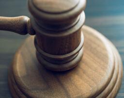 交通事故の裁判について徹底解説!費用や期間についてもまとめて紹介