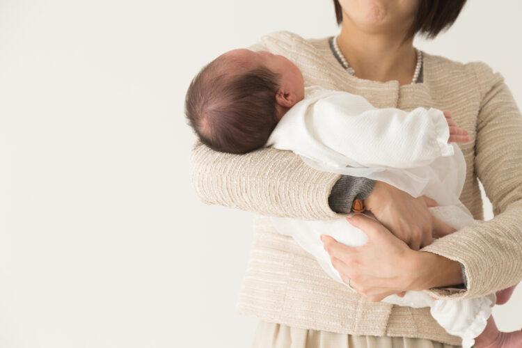 産休・育休中の年末調整で知っておきたいことを解説!扶養や出産育児一時金の取扱いも説明