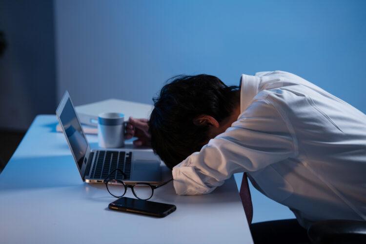 みなし残業代制での強制残業は違法!残業の拒否についても解説