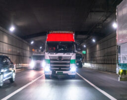 トラック運転手も残業代請求はできる?残業代請求の諸問題を解説