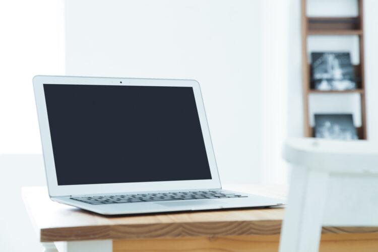 自己破産のときテレビやパソコンなどの家電や家具は処分の対象になる?