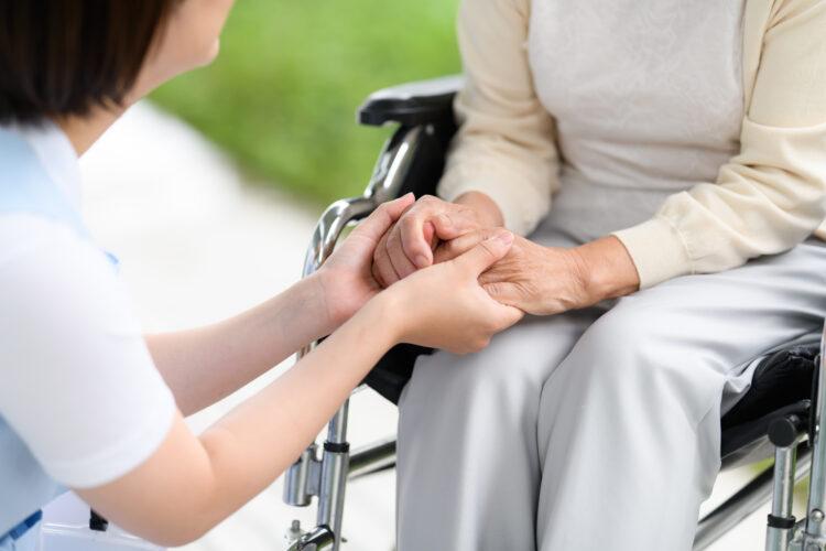 家族が交通事故で要介護に|慰謝料以外にも請求できる損害賠償項目